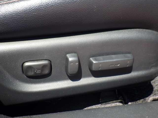 35iL 走行無制限1年間保証付き 衝突軽減ブレーキ 純正HDDナビ ワンセグTV バックカメラ レザーシート パワーシート シートヒーター ETC スマートキー アイドリングストップ(13枚目)