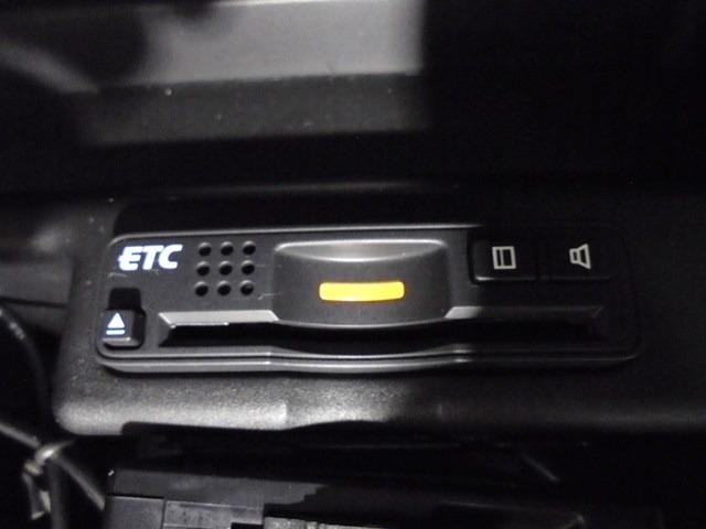 ベースグレード 純正HDDナビTV 革シート ETC 4WD(9枚目)