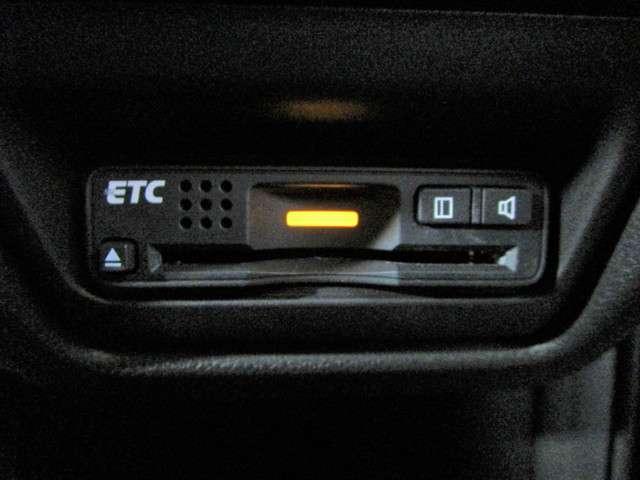 スパーダアドバンスパッケージβ 社外SDナビフルセグTV DVD再生可能 ブルートゥース ホンダセンシング ワンオーナー LEDオートライト ETC スマートキー 両側電動スライドドア 純正16インチアルミホイール(11枚目)