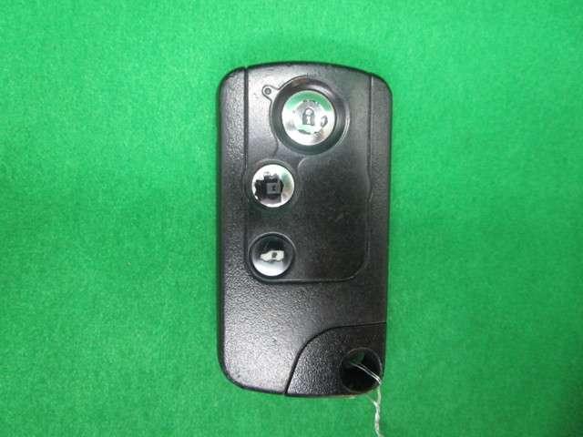 ジャストセレクション 純正SDナビフルセグTV DVD再生可能 ブルートゥース バックカメラ ETC ワンオーナー HIDオートライト 左側電動スライドドア スマートキー 社外15インチアルミホイール(10枚目)
