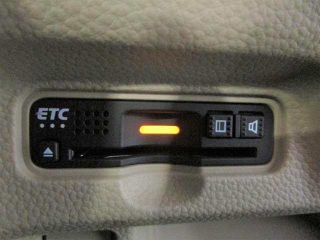 G・Lホンダセンシング 社外SDナビフルセグTV DVD再生可能 ブルートゥース バックカメラ ETC LEDオートライト スマートキー ホンダセンシング 左側電動スライドドア ワンオーナー(11枚目)