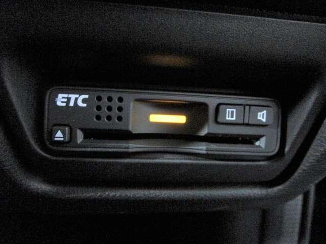 スパーダ ホンダセンシング 純正9インチSDナビフルセグTV DVD再生可能 ブルートゥース 純正天吊モニター ワンオーナー バックカメラ ETC LEDオートライト スマートキー 両側電動スライドドア ホンダセンシング(12枚目)