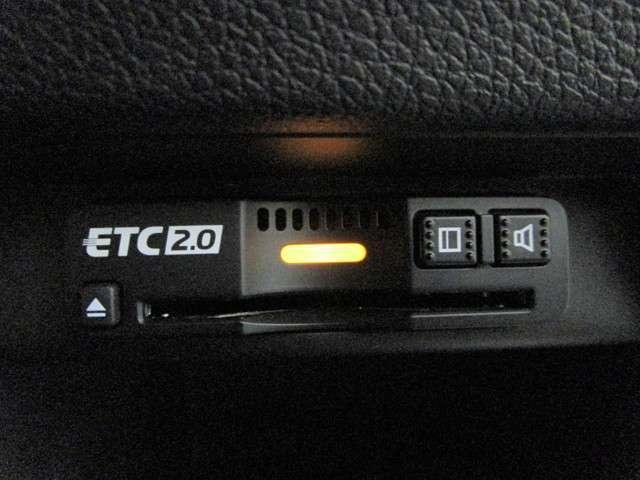 EX・マスターピース 純正SDナビフルセグTV DVD再生可能 ブルートゥース サンルーフ ワンオーナー バックカメラ ETC2.0 ホンダセンシング 茶革シート シートヒーター パワーシート 4WD(11枚目)