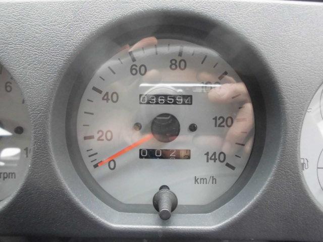ランドベンチャー 5速マニュアル エアコン パワステ 4WD ターボ(34枚目)