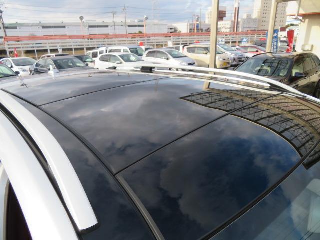 ML350 ブルーテック 4マチック 1オーナー 黒本革パワーシートヒーター ムーンルーフ ウッドパネル キセノンヘッド V6ツインカム直噴ディゼルターボ 7速AT フルタイム4WD インテリキー2(10枚目)