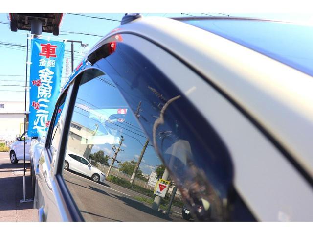 L スマートセレクションSA 禁煙車 衝突軽減ブレーキ キーレス プライバシーガラス CD再生(18枚目)