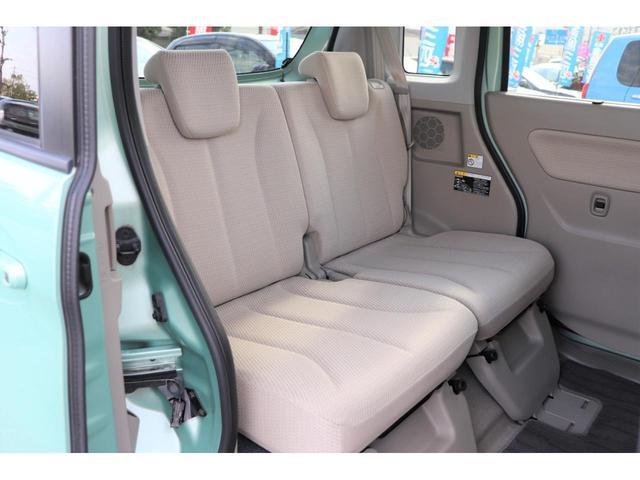 専任のスタッフが天張りからシートの隙間に至るまで細かく丁寧にクリーニングしています。葉栗オートショップはお客様に快適なお車をご提供致します!!