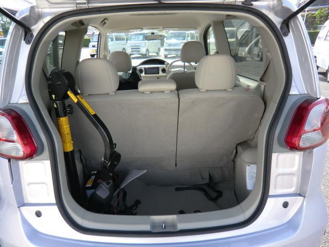 トヨタ ポルテ 150r 電動自走車椅子シートタイプ