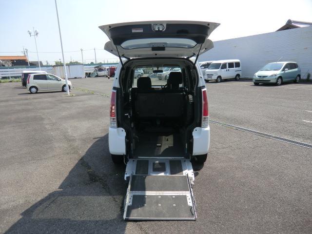 スズキ ワゴンR 福祉車両スロープ リアーシート付 電動車椅子固定装置付