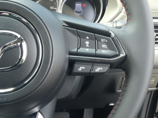 XD ブラックトーンエディション 19インチアルミホイール 登録済み未使用車 Bluetooth接続 バックカメラ 全周囲カメラ スマートキー LED シートヒーター 3列シート(8枚目)