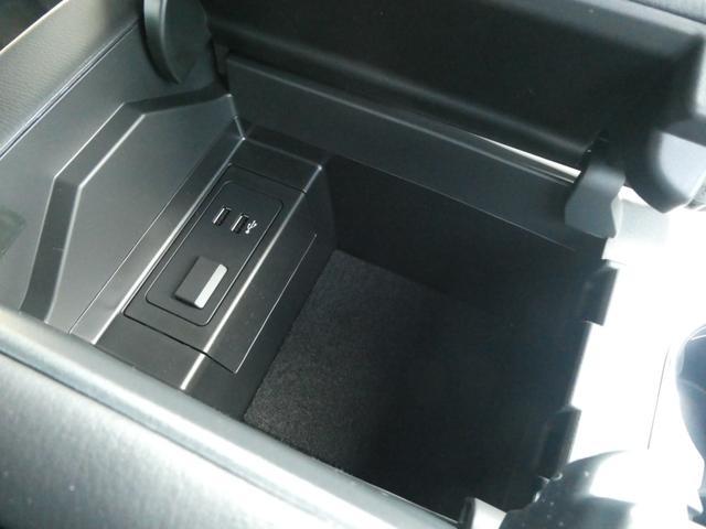 XD ブラックトーンエディション 19インチアルミホイール 登録済み未使用車 Bluetooth接続 バックカメラ 全周囲カメラ スマートキー LED シートヒーター 3列シート(13枚目)