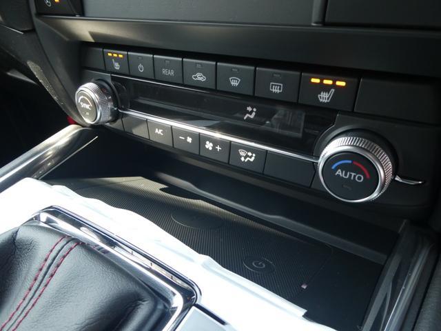XD ブラックトーンエディション 19インチアルミホイール 登録済み未使用車 Bluetooth接続 バックカメラ 全周囲カメラ スマートキー LED シートヒーター 3列シート(14枚目)