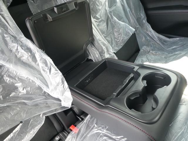 XD ブラックトーンエディション 19インチアルミホイール 登録済み未使用車 Bluetooth接続 バックカメラ 全周囲カメラ スマートキー LED シートヒーター 3列シート(19枚目)