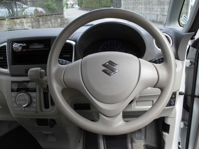 安心・安全の運転席・助手席エアバック付きです。