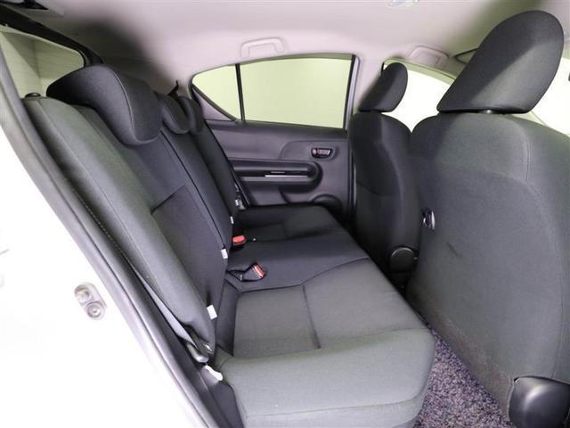 S トヨタ認定中古車 ワンオーナー ハイブリッド ミュージックプレイヤー接続可 キーレス(9枚目)