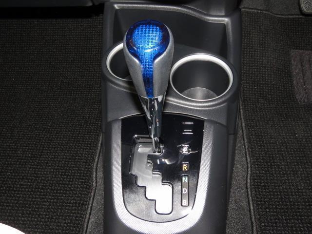 トヨタ アクア Gブラックソフトレザーセレクション LED バックモニター