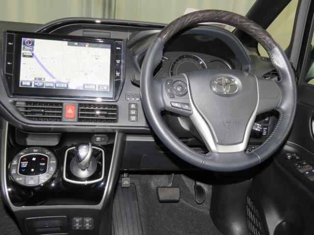 トヨタ エスクァイア ハイブリッドGi トヨタセーフティセンスC シートヒーター