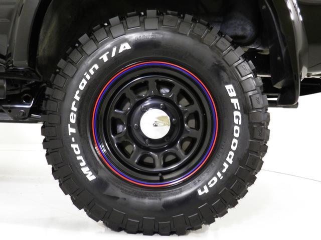 トヨタ ハイラックスサーフ Black RoadII ミリタリーエディション 4WD