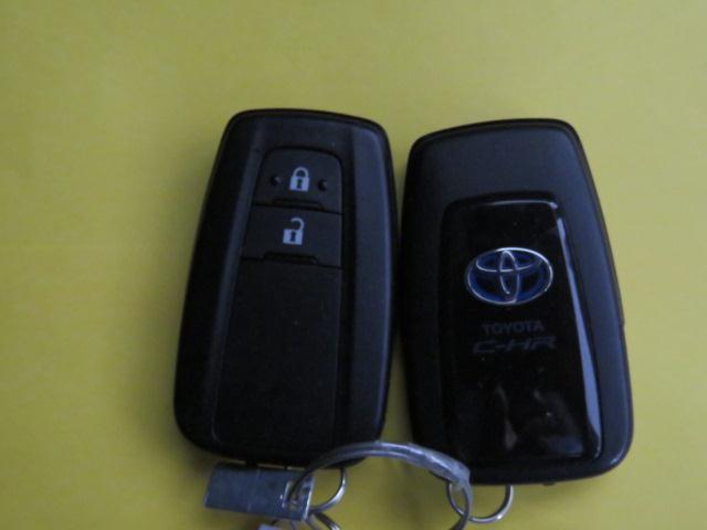 トヨタ C-HR S ワンオーナー禁煙車 トヨタセーフティセンス ドラレコ