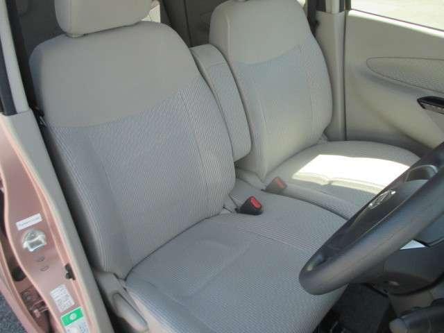 運転席、助手席シートです。実際お座りいただくのが、分かりやすいと思います。お気軽にご来店ください!