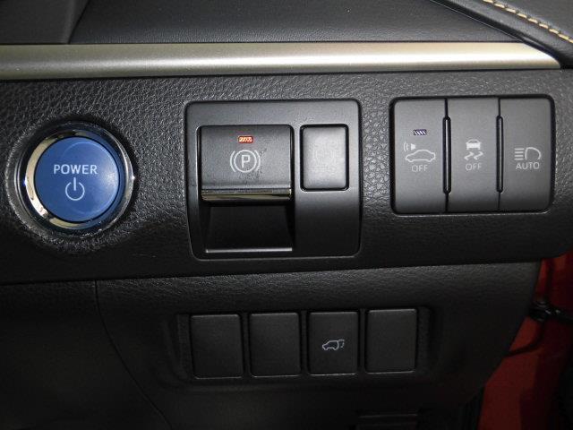 プレミアム 4WD SDナビ フルセグ バックカメラ(8枚目)