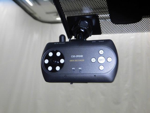 プレミアム 4WD SDナビ フルセグ バックカメラ(9枚目)