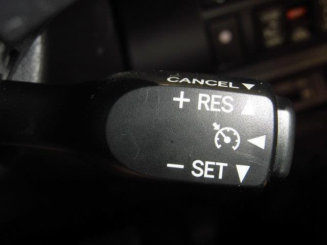 Gi ブラックテーラード 4WD フルセグ メモリーナビ DVD再生 ミュージックプレイヤー接続可 バックカメラ 衝突被害軽減システム ETC 両側電動スライド LEDヘッドランプ 乗車定員8人 3列シート(15枚目)