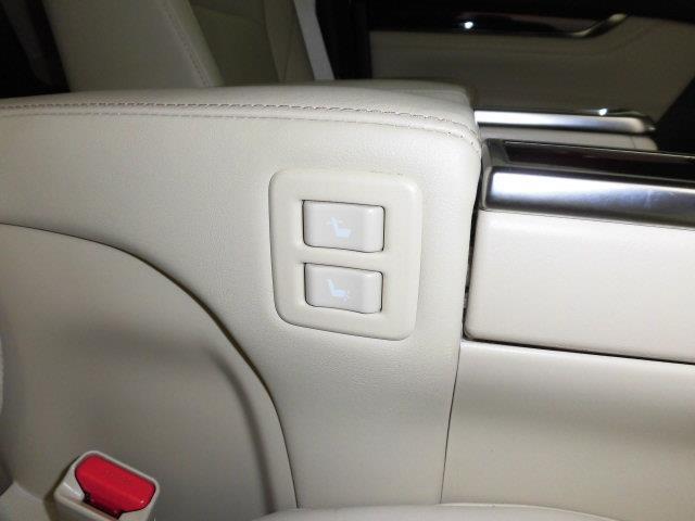 G Fパッケージ 革シート 4WD フルセグ メモリーナビ DVD再生 ミュージックプレイヤー接続可 後席モニター バックカメラ 衝突被害軽減システム ETC ドラレコ 両側電動スライド LEDヘッドランプ 3列シート(31枚目)