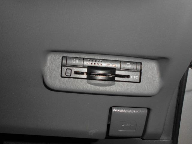 トヨタ プリウス S地デジSDナビDVD再生バックカメラETC