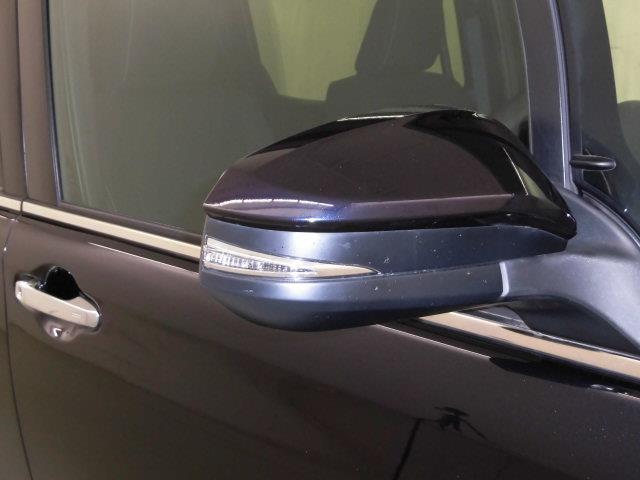 XI フルセグ メモリーナビ DVD再生 ミュージックプレイヤー接続可 バックカメラ 衝突被害軽減システム ETC 電動スライドドア LEDヘッドランプ 乗車定員7人 3列シート アイドリングストップ(7枚目)