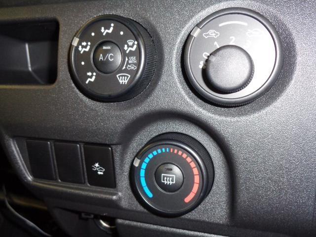 2.8DT車DX 当社社用車 衝突軽減機能 クリーニング済 SDナビ ドライブレコーダー バックモニター キーレスエントリー(14枚目)
