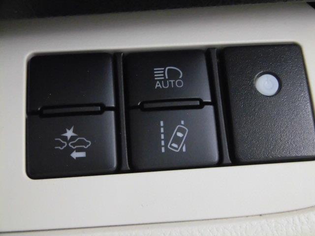 G フルセグ メモリーナビ DVD再生 ミュージックプレイヤー接続可 バックカメラ 衝突被害軽減システム ETC 両側電動スライド LEDヘッドランプ 乗車定員7人 3列シート アイドリングストップ(16枚目)
