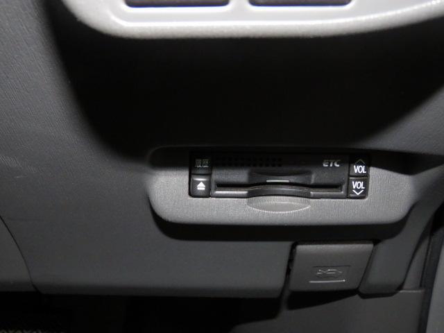 トヨタ プリウス 5D 1800 S HDDナビ