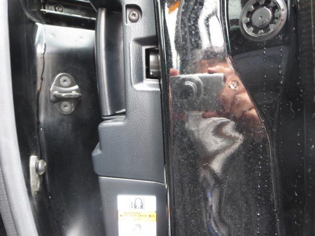 ハイブリッドZS 煌II 衝突被害軽減ブレ-キ 両側電動スライドドア メモリーナビ フルセグTV DVD再生 バックモニタ- スマ-トキ- ETC フルエアロ 純正アルミ  LEDヘッドライト 乗車定員7人 ワンオーナー(15枚目)
