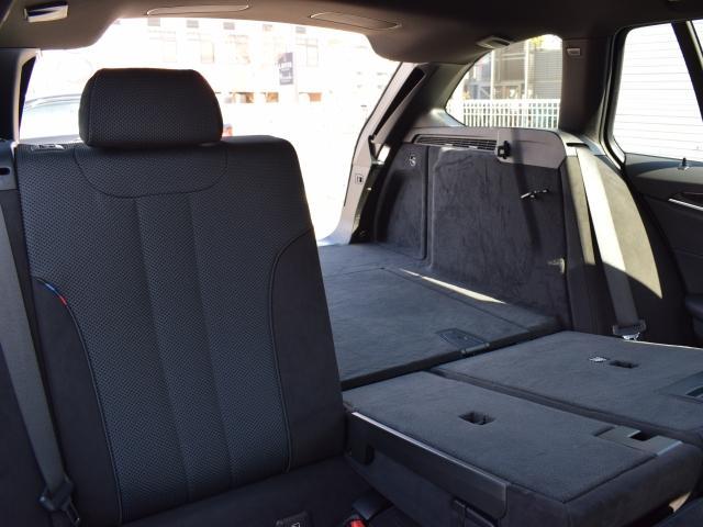 お荷物の積載量にあわせて自由にシートアレンジして頂けます。長尺ものなどの積み込みにも対応できます。