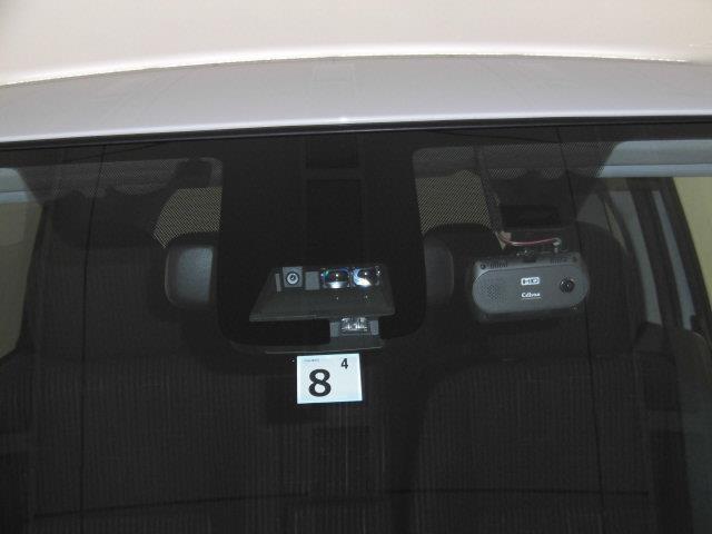 Y フルセグ メモリーナビ DVD再生 ミュージックプレイヤー接続可 バックカメラ 衝突被害軽減システム ETC ドラレコ 電動スライドドア HIDヘッドライト 記録簿 アイドリングストップ(10枚目)