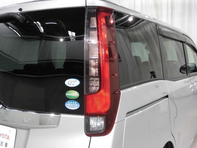 X ワンセグ メモリーナビ ミュージックプレイヤー接続可 バックカメラ ETC 両側電動スライド LEDヘッドランプ 乗車定員8人 3列シート アイドリングストップ(7枚目)