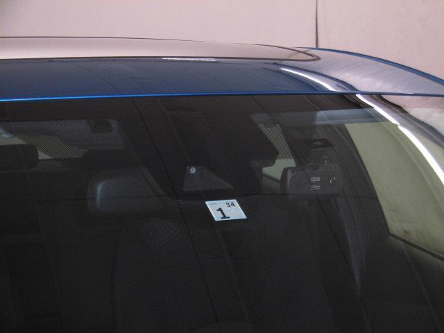 S サンルーフ フルセグ メモリーナビ DVD再生 ミュージックプレイヤー接続可 バックカメラ 衝突被害軽減システム ETC ドラレコ LEDヘッドランプ 記録簿 アイドリングストップ(15枚目)