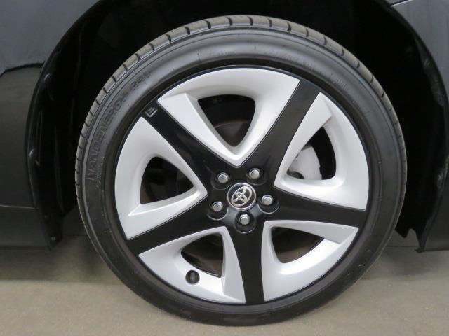 トヨタ プリウス Sツーリングセレクション 4WD メモリーナビ ETC
