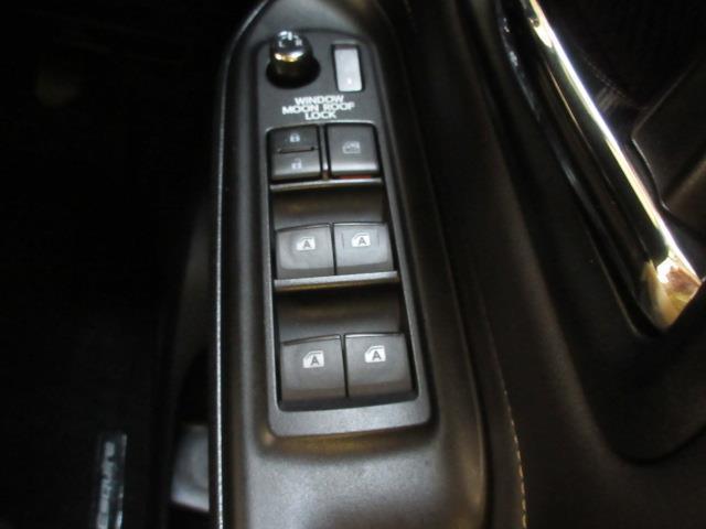 トヨタ エスクァイア Gi サンルーフ 両側電動スライドドア スマートキー