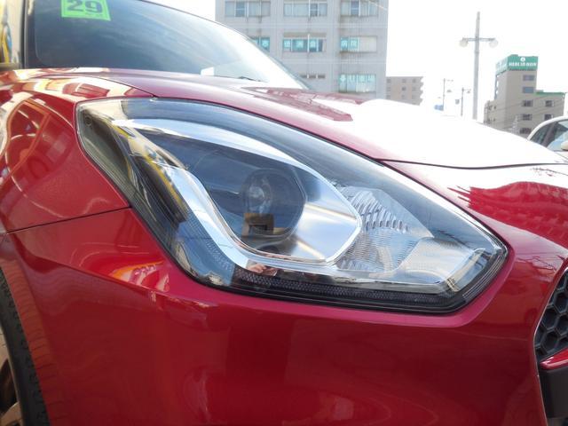 LEDライトは、本当に明るくて安全です。夜間には必需品ですね!暗い夜道からお客様を守ってくれます。