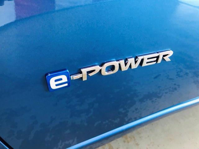 平成31年3月登録 日産ノート e-POWER X 登録済未使用車 衝突被害軽減ブレーキ アラウンドビューモニター LEDヘッドライト