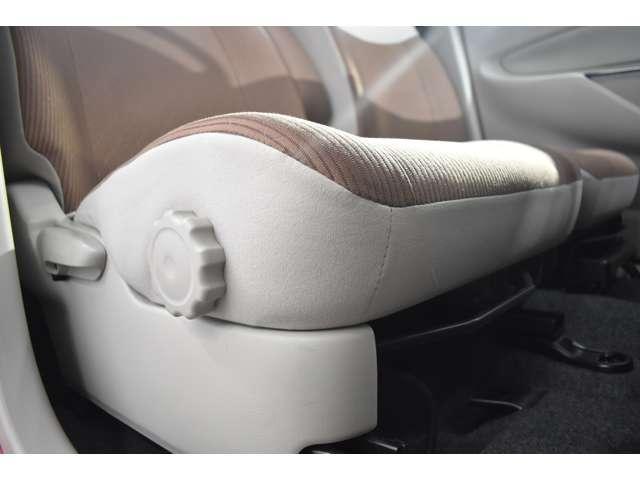 M e-アシスト Mナビ フルセグTV CD再生 オートエアコン ベンチシート ABS キーレスエントリー フルセグ メモリーナビ 寒冷地仕様 横滑り防止 エアバック アイドリングストップ搭載 ナビテレビ 衝突回避支援(15枚目)