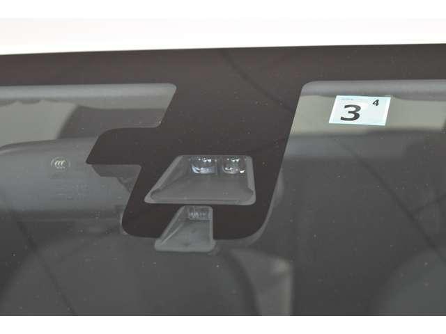 M CDチューナー アルミ 衝突被害軽減ブレーキ Sキー ABS アルミ 衝突回避支援 AAC CDオーディオ i-STOP パワステ 横滑り防止 盗難防止システム 運転席助手席エアバック(5枚目)