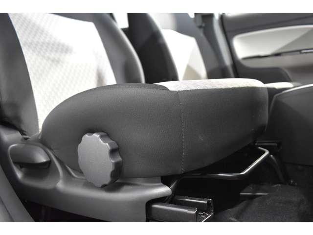 M CDチューナー アルミ 衝突被害軽減ブレーキ Sキー ABS アルミ 衝突回避支援 AAC CDオーディオ i-STOP パワステ 横滑り防止 盗難防止システム 運転席助手席エアバック(10枚目)