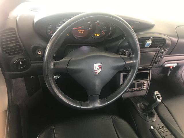 911カレラ4 6MT 4WD(13枚目)