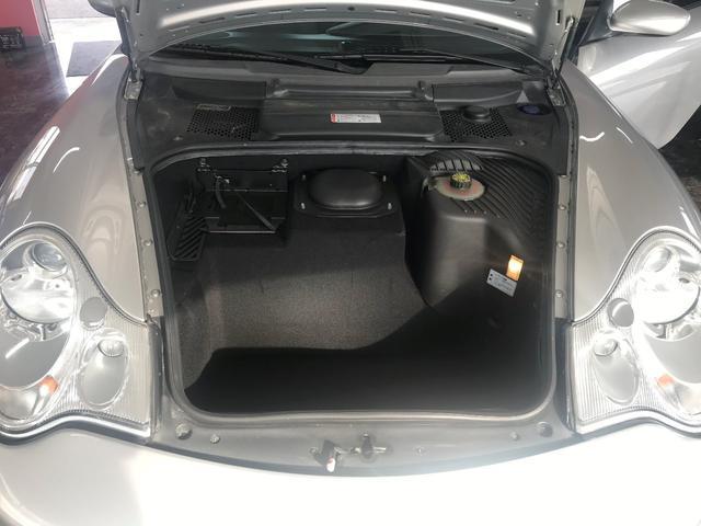 911カレラ4 6MT 4WD(18枚目)