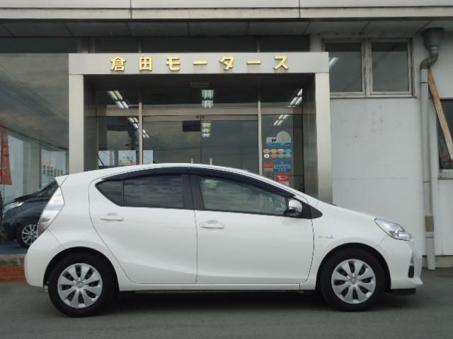 「トヨタ」「アクア」「コンパクトカー」「三重県」の中古車5