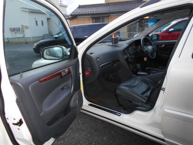 「ボルボ」「V70」「ステーションワゴン」「岐阜県」の中古車28
