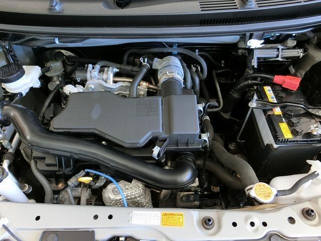 説明書も付いております。お車の操作方法や、トラブル回避方法が記載されているため、意外と役に立ちます。